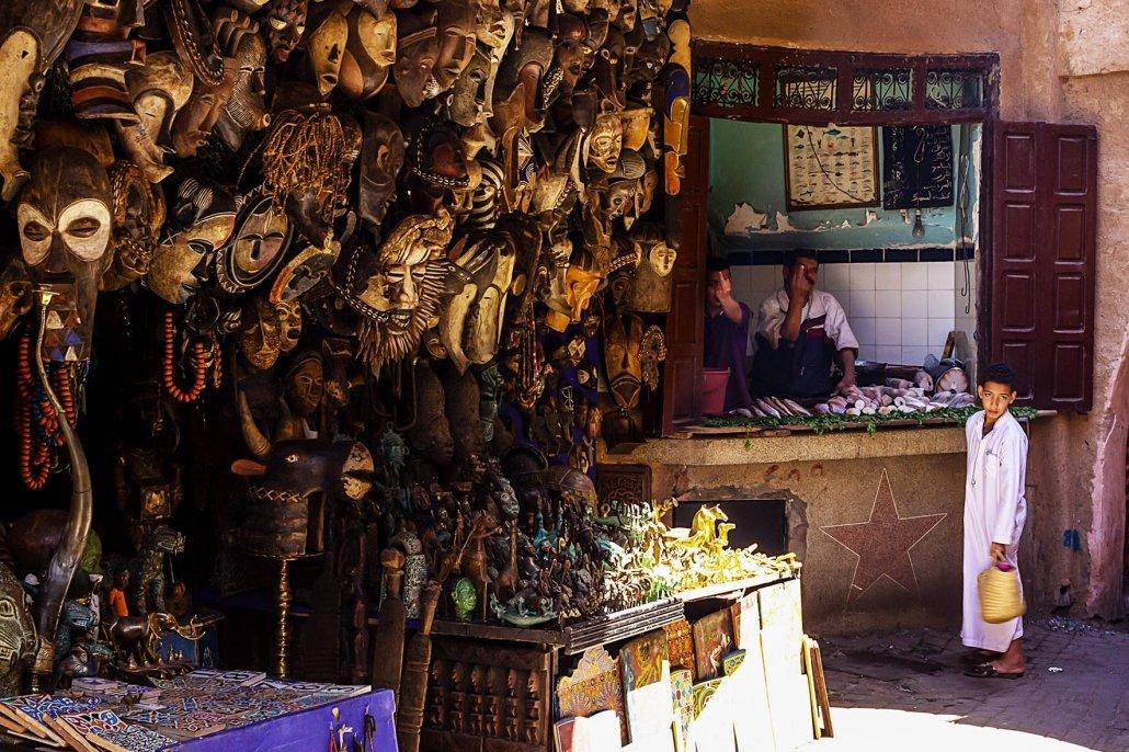 6 stereotipi sul Marocco: suk, maschere africane