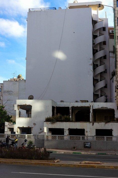 edificio senza finestre casablanca